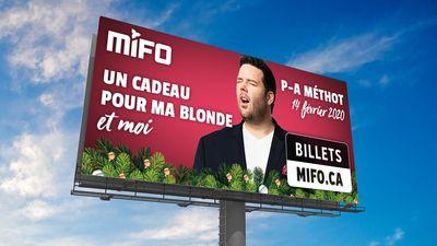Publicité MIFO sur panneau routier mettant en P-A Méthot