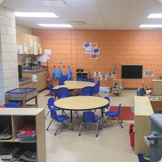Locaux des services de garde du MIFO à l'École élémentaire catholique des Pins