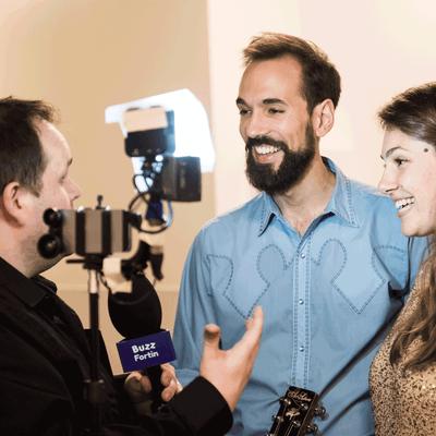 Entrevue à la caméra avec Moonfruits